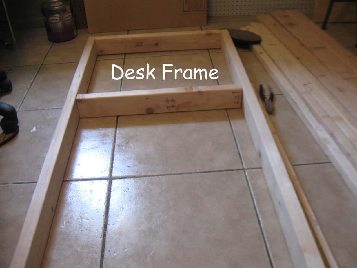 Desk framr