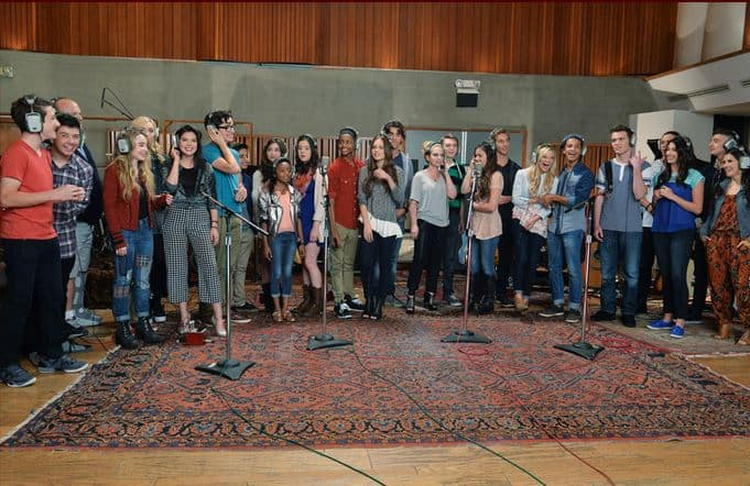 Disney Channel Stars Frozen Sing-a-Long