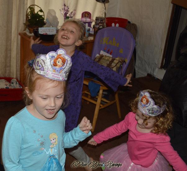 disneyside-twirling-princesses