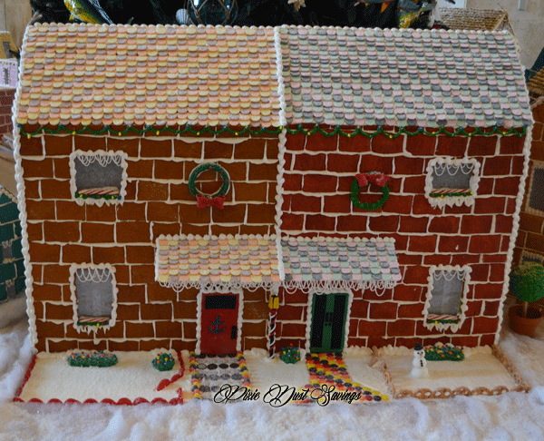 tampa-marriott-gingerbread-house-3
