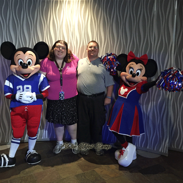 cigna-event-me-with-mickey-and-minnie