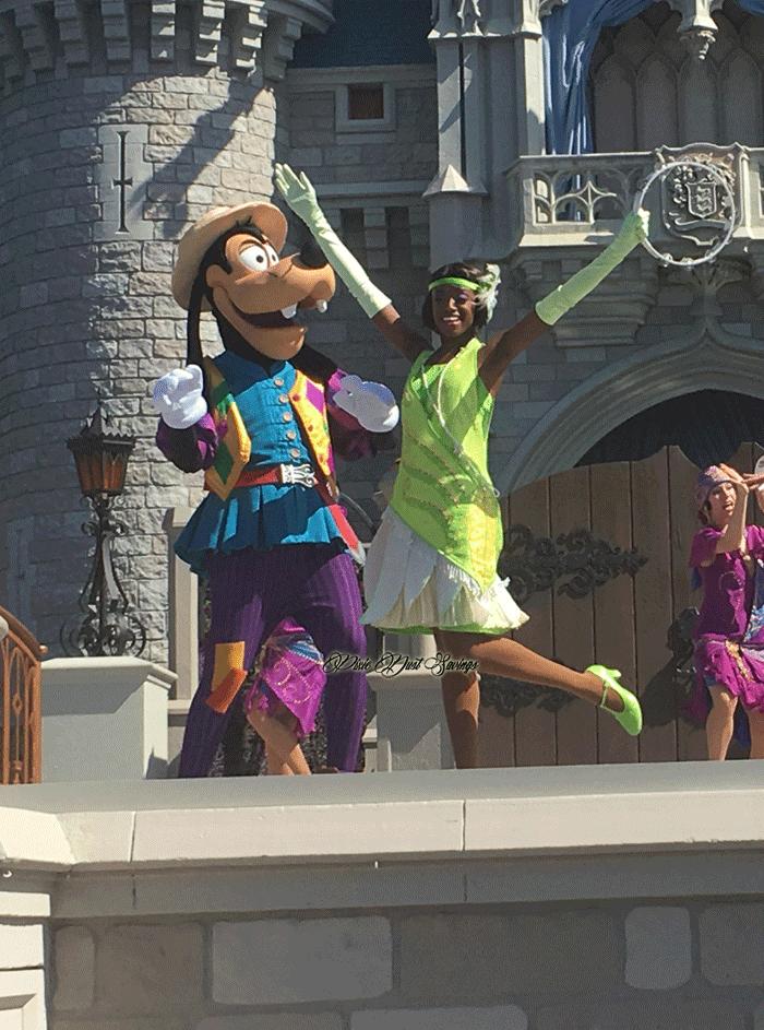 tiana-mickey-royal-friendship-faire
