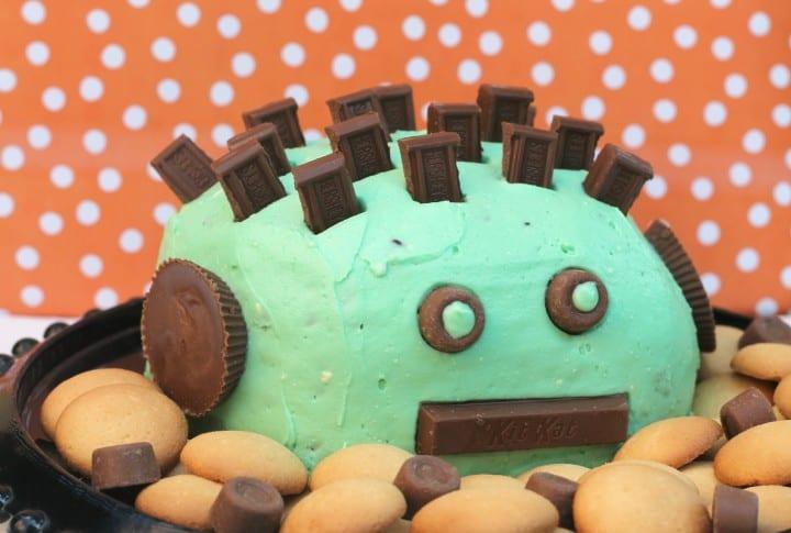 Mint-Chocolate-Chip-Halloween-Cheese-Ball-720x485