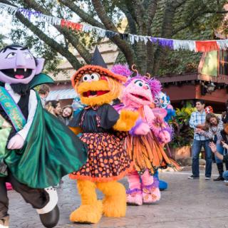 Busch Gardens Sesame Street Halloween Event