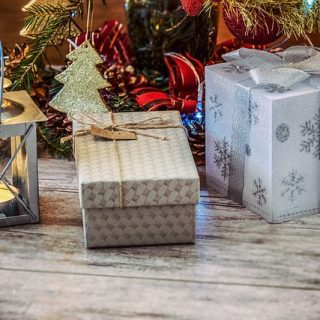 Free Gifts to Give at Christmas When Money is Tight