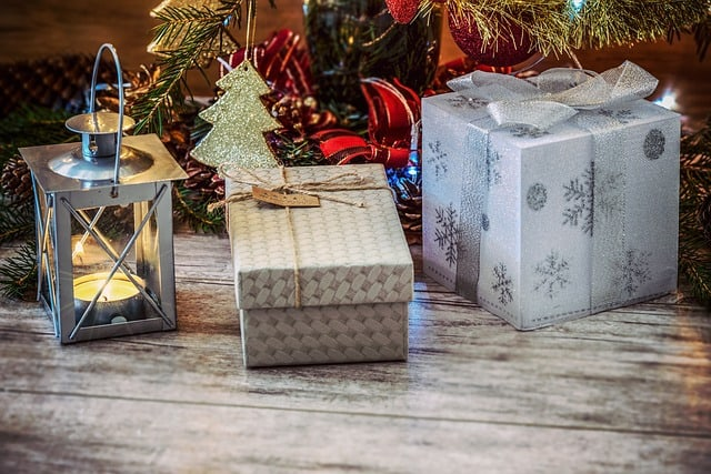 Free Gifts to Give at Christmas