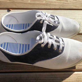 DIY Saddle Shoes   Easy Canvas Shoe Makeover