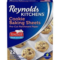 Reynolds Kitchens Cookie Baking Sheets Parchment Paper (SmartGrid, Non-Stick, 22 Sheets)