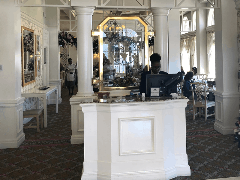 Grand Floridian cafe Check in Desk