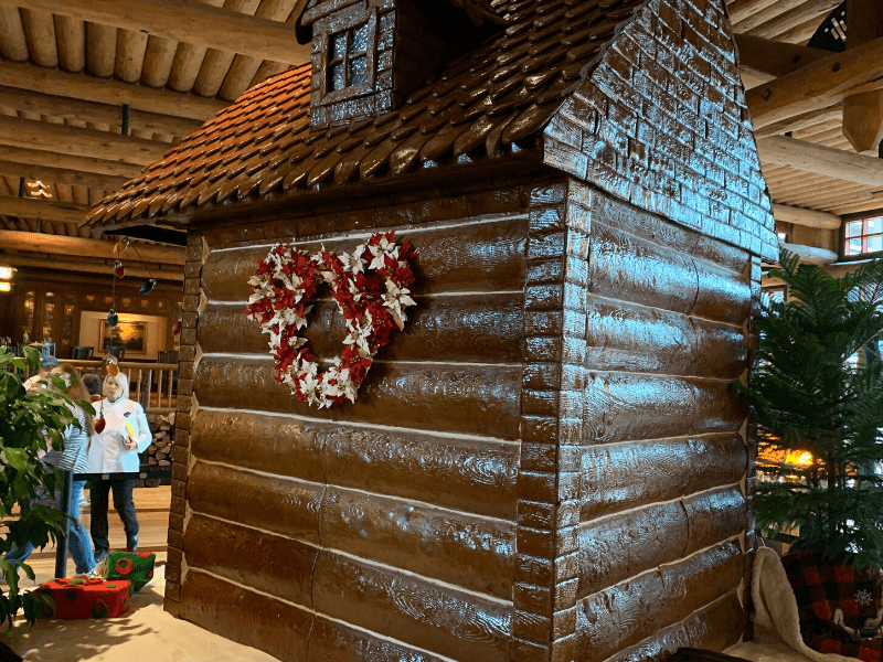 Back of Wilderness Lodge Gingerbread House with a mickey wreath
