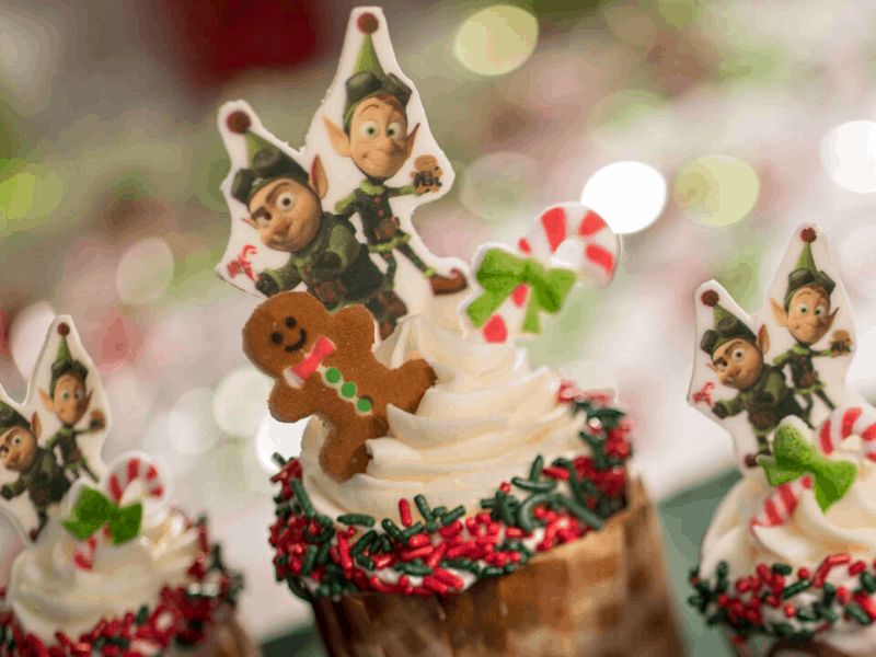 Jingle Bell Jingle Bam Dessert Party cupcakes
