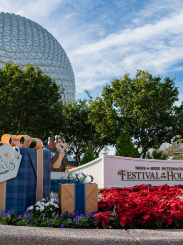 Epcot Festival of Holidays sign